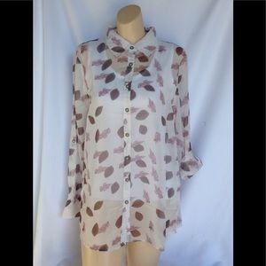 NWT S to XXL blouse Simply Noelle